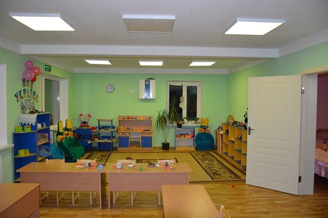 Як УФСІ допомагає скоротити черги у дитячі садочки Києва?
